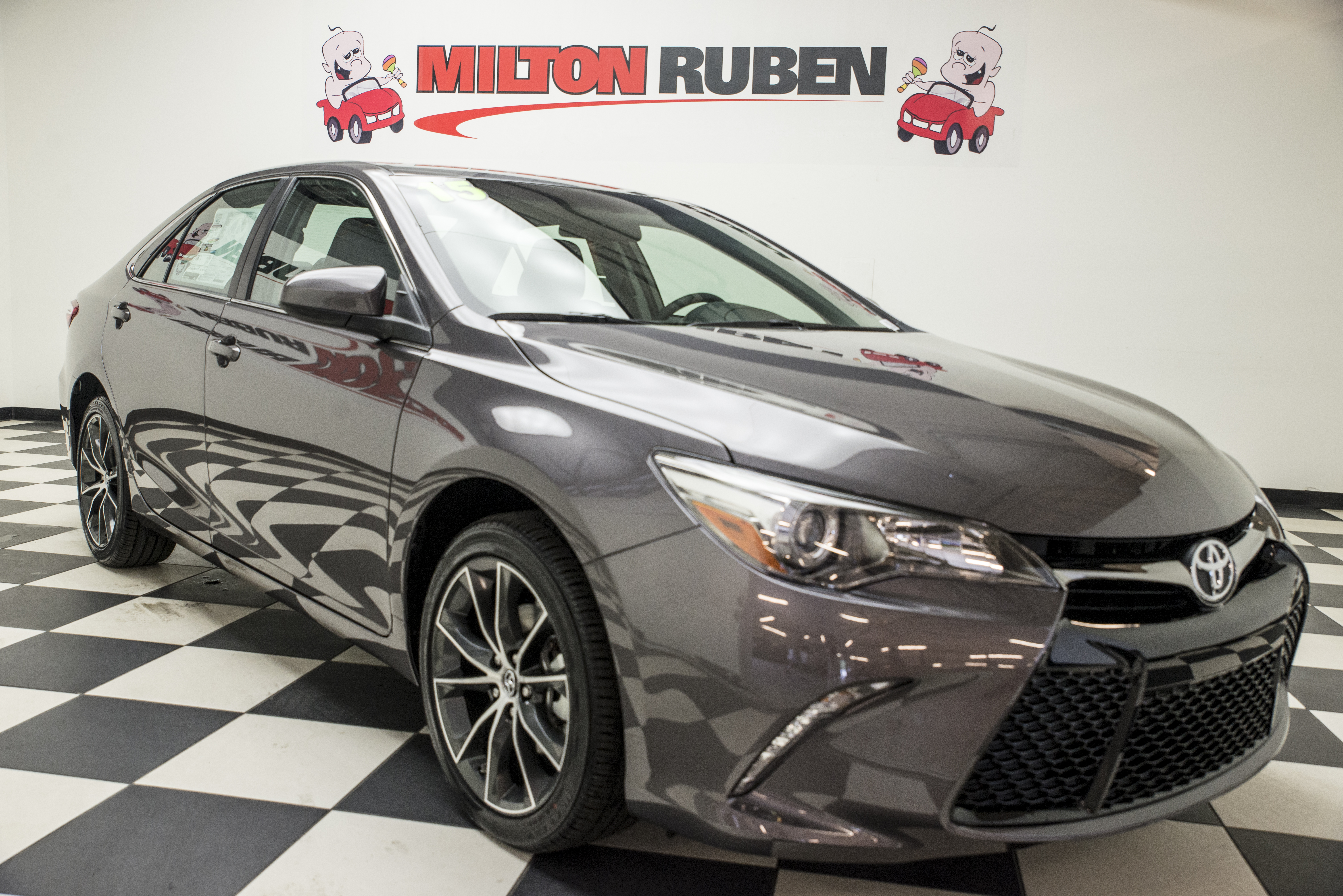 2015 Toyota Camry Xse Blows Our Minds New Cars